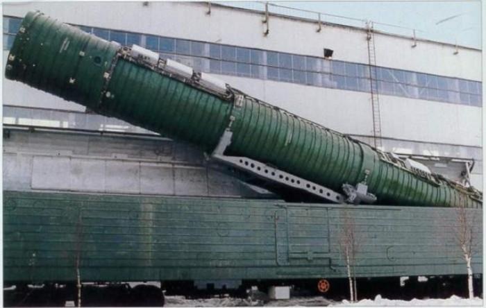 Такая маскировка ракеты казалась практичнее шахтной. /Фото: viatorr.livejournal.com