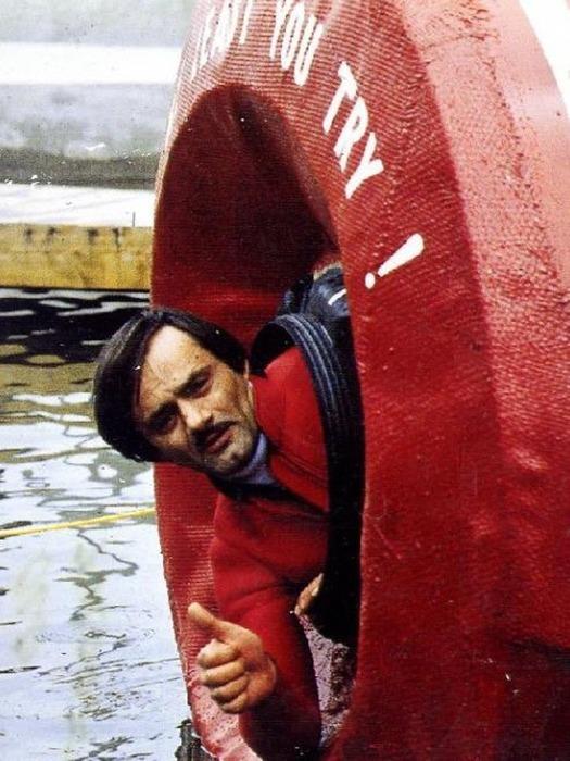 Капсула оказалась слишком опасной даже для каскадера. /Фото: decem.info