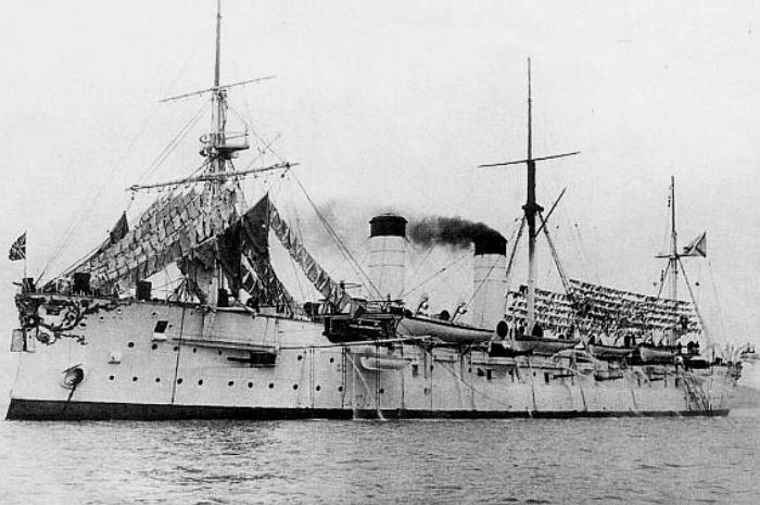 Броненосный крейсер Рюрик. /Фото: Wikipedia.org