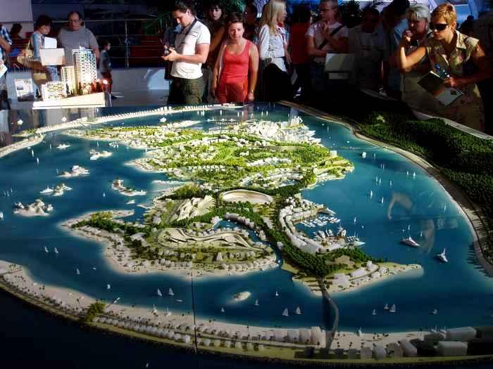 Макет острова на презентации в Сочи в 2007 году - единственное напоминание о масштабном проекте. /Фото: englishrussia.com
