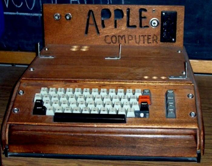 Один из первый гаджетов в эре Apple. /Фото: iphones.ru