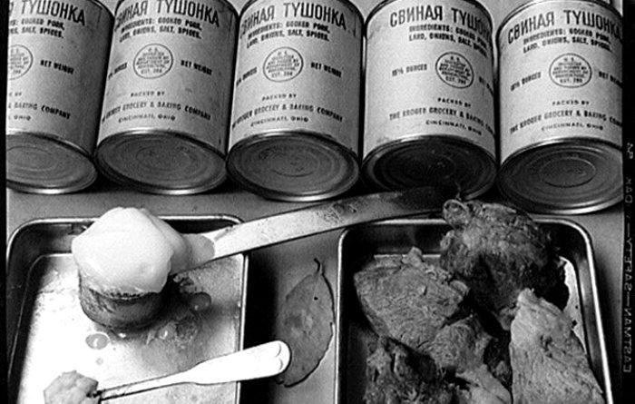 Советская тушенка исчезла с прилавков в 1990-х. /Фото: my-cccp.ru