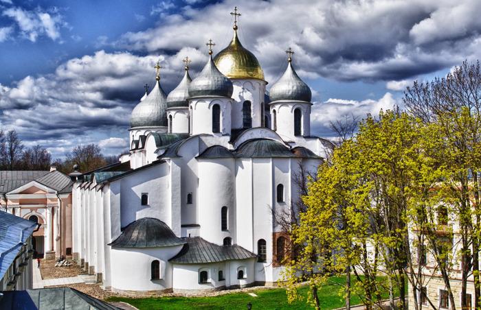 Собор с практически  тысячелетней историей.  /Фото: borvedomosti.ru