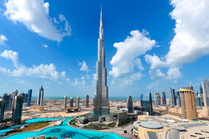 Самый высокий небоскреб в мире - типичный ветрорез. /Фото: mentamore.com