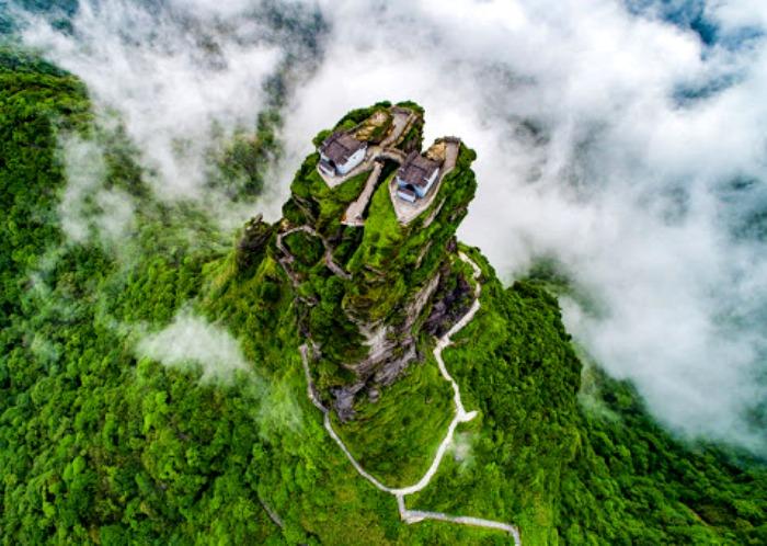 Вид сверху на храмовый дуэт. /Фото: russian.cri.cn