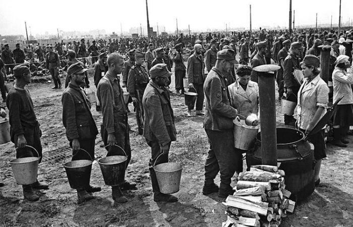 Из чего состоял рацион военнопленных немцев в СССР, и какие продукты они отказывались есть