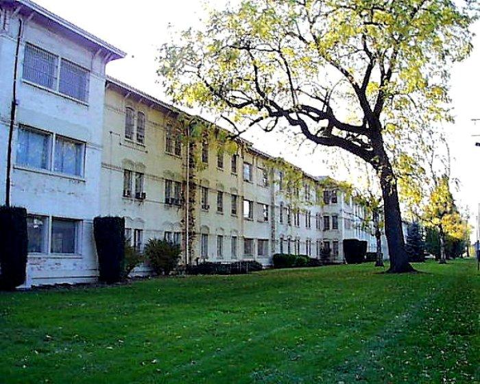 Серая больница стала частью легенды. /Фото: fotostrana.ru