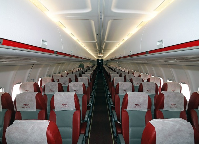 Салон Ту-204. /Фото: photo.airlines-inform.ru