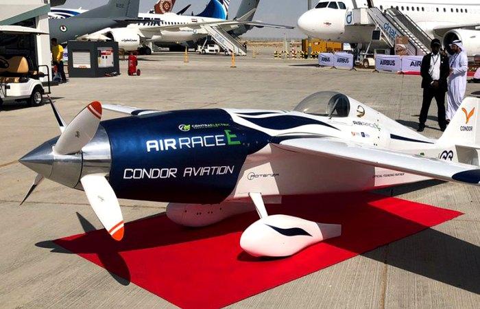 Первый гоночный самолёт с электродвигателем. /Фото: popmech.ru