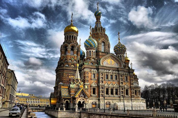 Своеобразный памятник погибшему царю. /Фото: churchpop.ru
