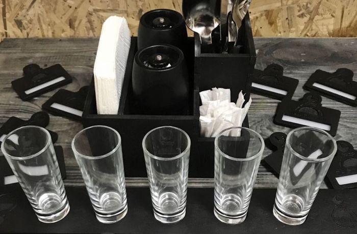 Шоты и сегодня можно найти в каждом баре. /Фото: livemaster.ru