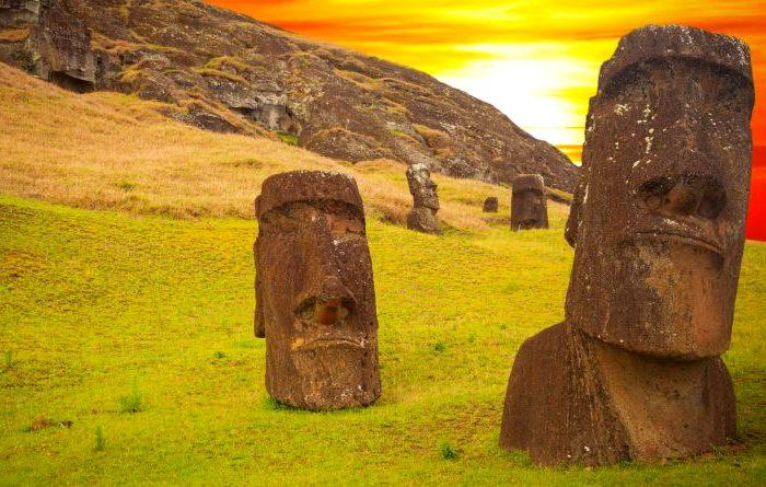 Ближе всех к точке Немо живут на острове Пасхи. /Фото: wp.com