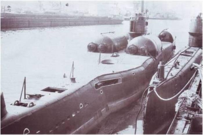 Подводная лодка проекта 613Э Катран на стоянке на базе. /Фото: topwar.ru
