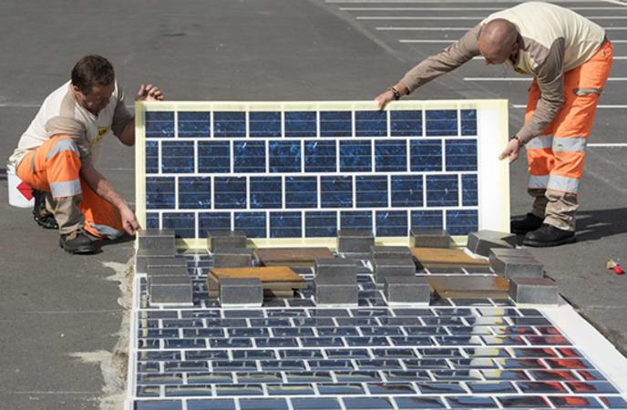 «Солнечные дороги» уже активно строят по всей Франции. /Фото: finance.ua