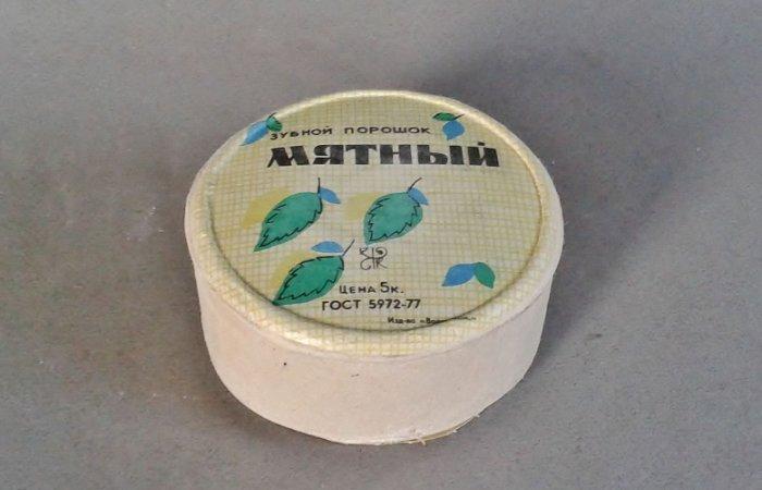Зубной порошок лучше применять по прямому назначению. /Фото: meshok.net