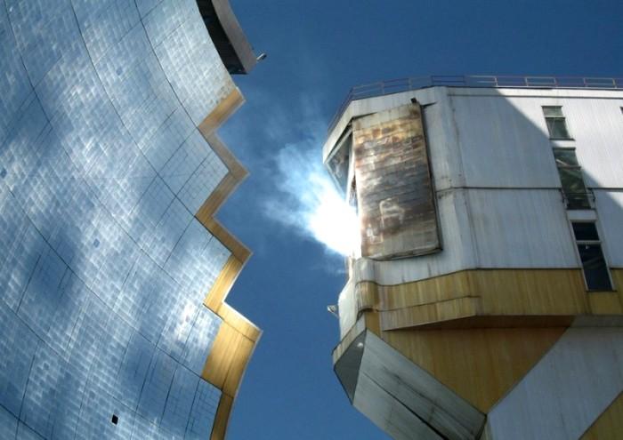 Процесс отдачи солнечной энергии выглядит впечатляюще и эстетично. /Фото: livejournal.com