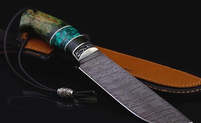 Дамасскую сталь сегодня изготовляют не так, как раньше, но и не менее качественно. /Фото: kasatkin-brothers.ru