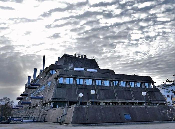 Внушительное сооружение действительно могло внушить опасение коммунистам. /Фото: pinterest.cl