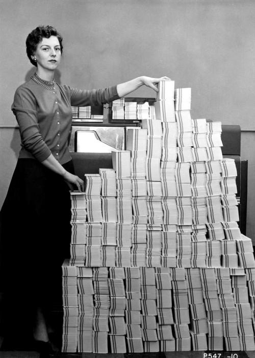 Так выглядели 5 мегабайт памяти в 1955 году. /Фото: computerhistory.org