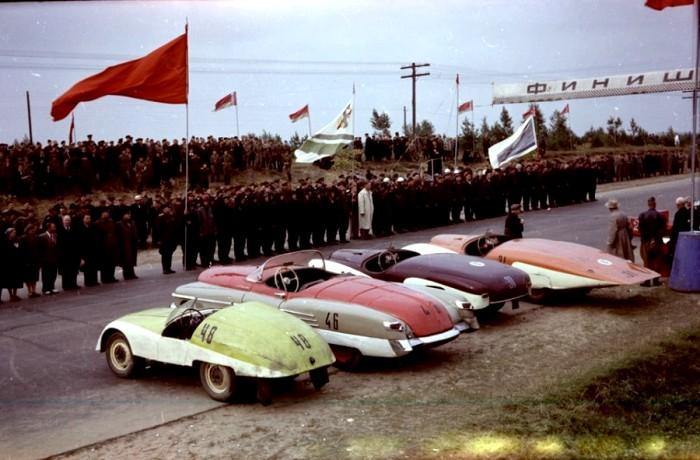 ГАЗ М-Победа-Спорт во время советского автопробега. /Фото: livejournal.com