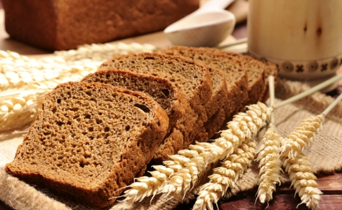 Даже с хлебушком стоит быть осторожным. /Фото: joinfo.ua