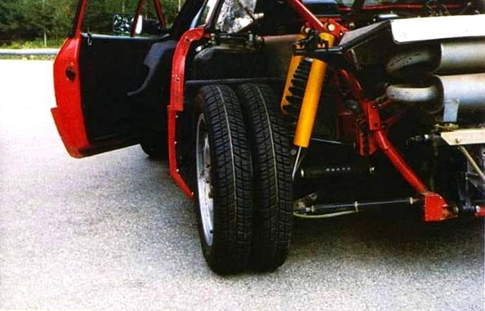Сдвоенные колеса на легковушках - это давно реальность. /Фото: motor.ru