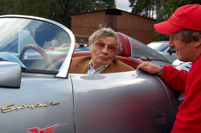 Ярослав Юхан скончался в 2011 году, немного не дожив до своего 90-летнего юбилея. /Фото: news.myseldon.com