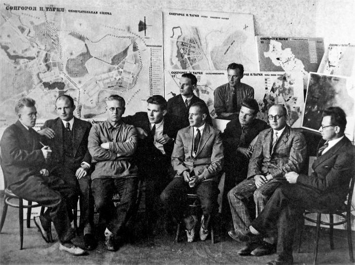 Специалисты, привлеченные к строительству нижнетагильского соцгорода. /Фото: rbth.com