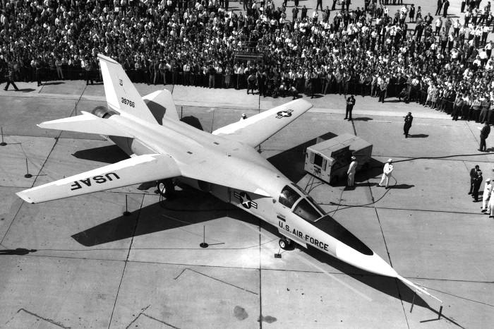 F-111 «Трубкозуб» в 1964 году. /Фото: rbth.com