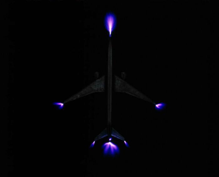 Сегодня огни Святого Эльма можно увидеть вокруг самолетов. /Фото: fb.ru