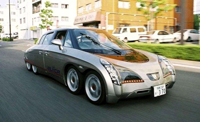 Экстравагантный электрокар на восьми колесах. /Фото: pinterest.co.uk