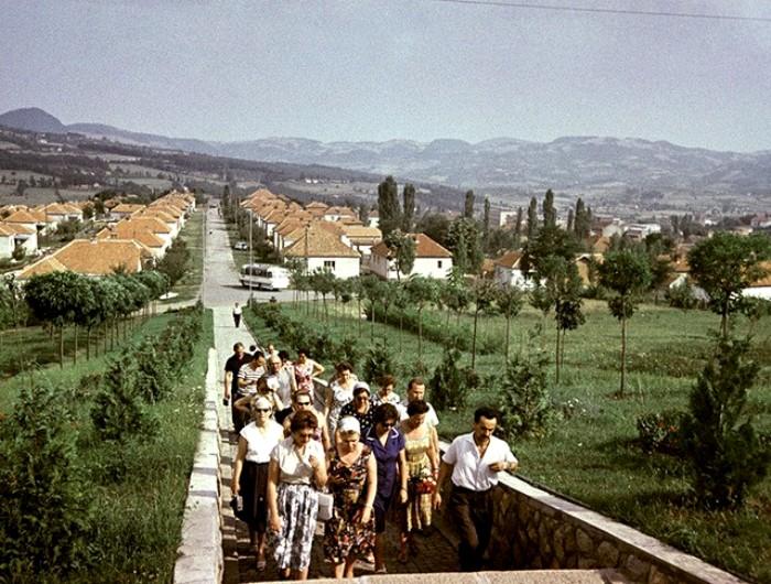 Советские туристы в Югославии. /Фото: tvc.ru