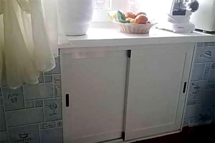 Оригинальное решение для кухни в хрущёвках. /Фото: aif.ru