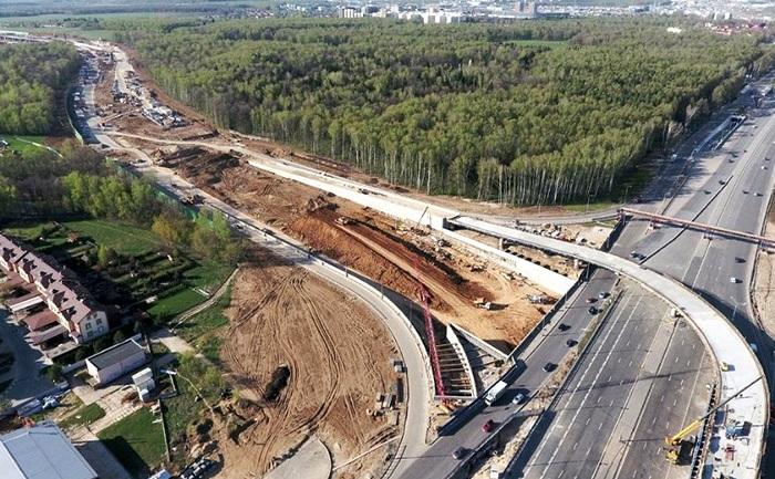 Строительство дороги закончится через несколько. /Фото: acura-suv.ru