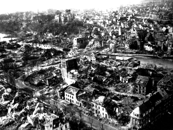 Руины Берлина в 1945 году. /Фото: radikal.ru