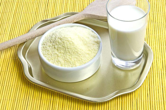 Сухое молоко, в отличие от свежего - долгожитель. /Фото: pinterest.de