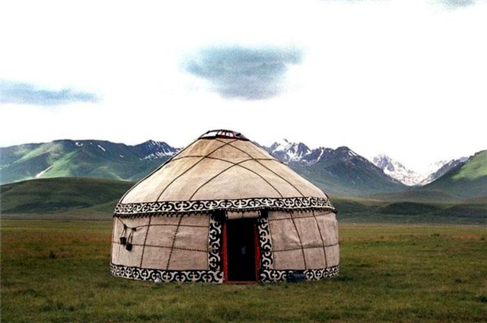 Оказывается, юрты раньше встречались на очень обширной территорией. /Фото: culture.ru