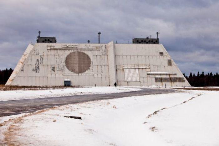 Огромные радары улавливают сигналы командных ракет. /Фото: rg.ru