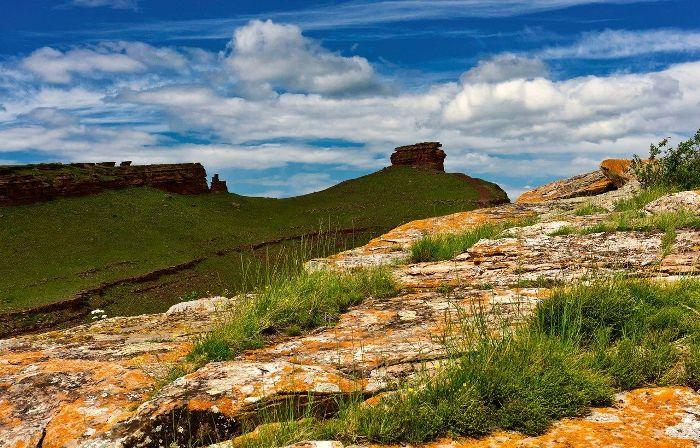 Горы настолько же таинственны, насколько и прекрасны. /Фото: pinterest.com