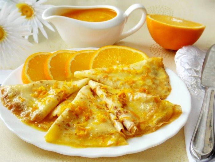 Тонкие блинчики с апельсином - традиционное блюдо французской кухни. /Фото: patee.ru