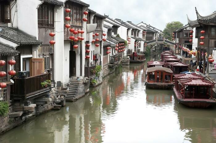 Город на самом длинном в мире канале. /Фото: theplanetsworld.com