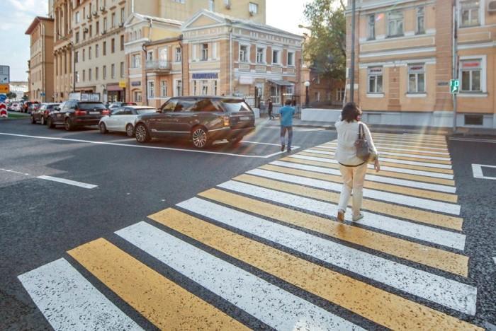 Новое слово в внешнем виде пешеходного перехода. /Фото: autoreview.ru