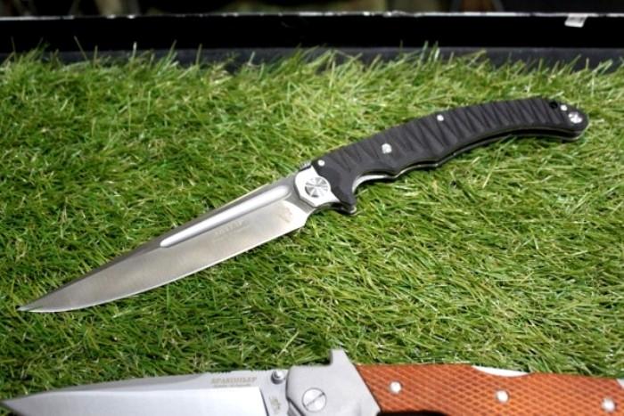 Новый-старый отечественный нож. /Фото: charlifox.ru