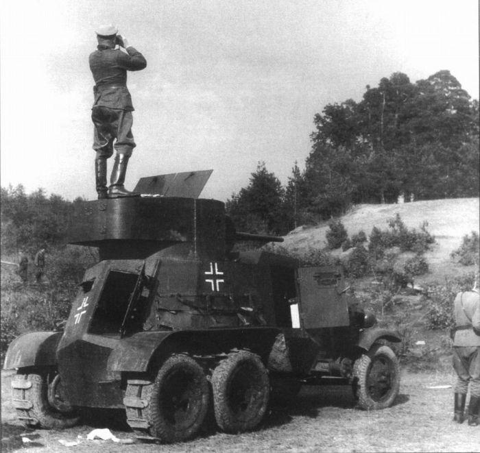 Трофейные БА-3 на службе вермахта. /Фото: waralbum.ru