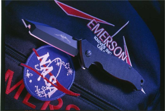 Еще один космический нож. /Фото: knife-depot.com