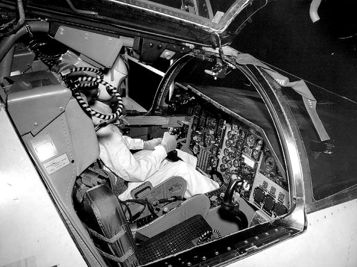 Чтобы изучить начинку американского истребителя, потребовалось провести целую спецоперацию. /Фото: reddit.com