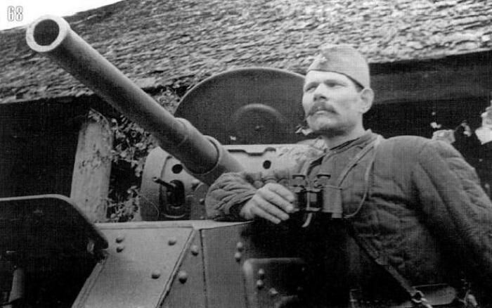 Ватные куртки прошли войну и в танке. /Фото: broneboy.ru