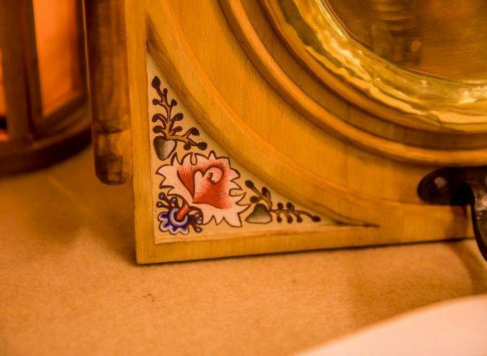 Роспись на светильнике также была аутентичной. /Фото: ratobor.com