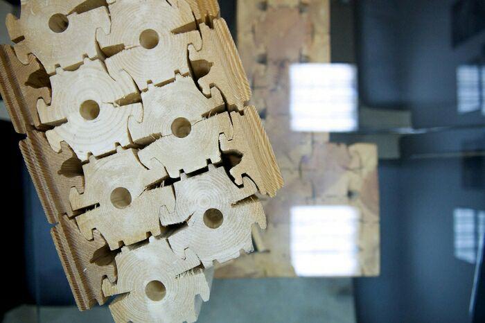 Необычная стыковка деревянных деталей. /Фото: distroy.ru