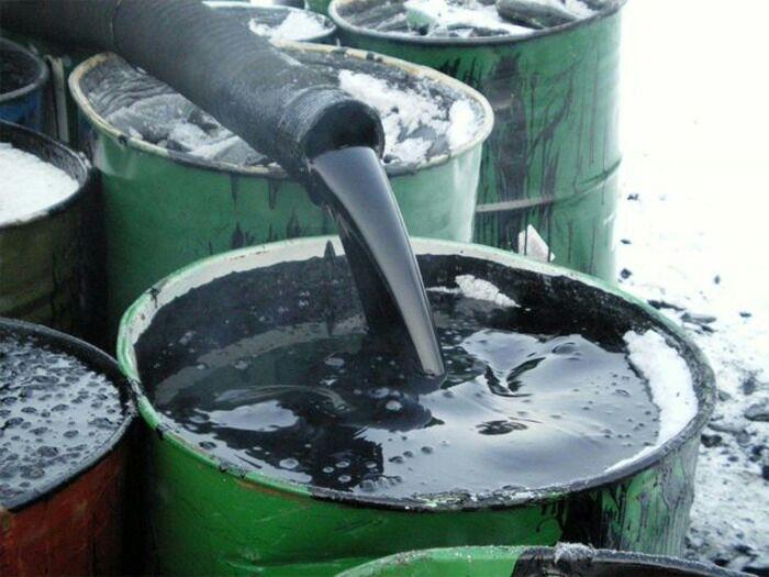 Один из способов утилизации отработанного машинного масла. /Фото: avtodvigateli.ru